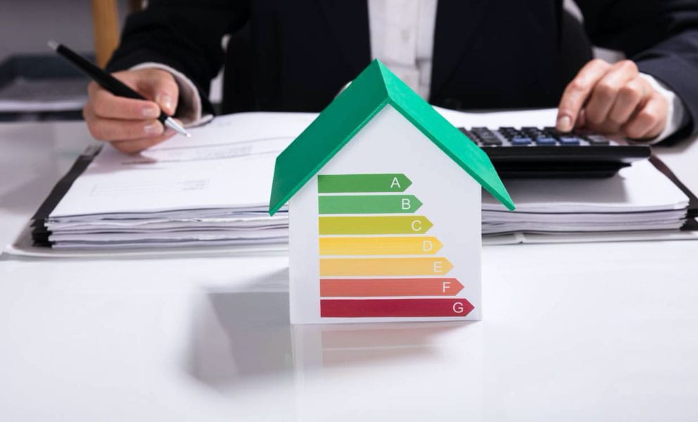 4 energy saving tips for small businesses